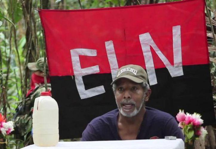Captura de pantalla de un video publicado por Occidente Rebelde el 18 de agosto de 2016, del excongresista secuestrado por el ELN, Odín Sánchez. (EFE/Occidente Rebelde)