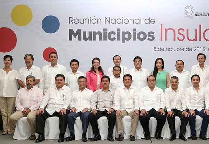 El pasado 5 de octubre, el alcalde tomó protesta como presidente de la Asociación  Nacional de Municipios Insulares. (Cortesía/SIPSE)