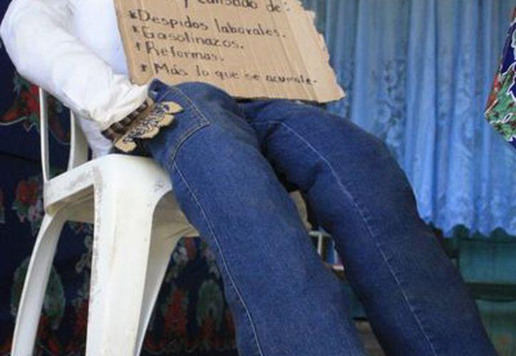En promedio, cada muñeco tiene un valor de 200 pesos a 250 pesos, dependiendo de la figura y el material que utilizan. (Harold Alcocer/SIPSE)