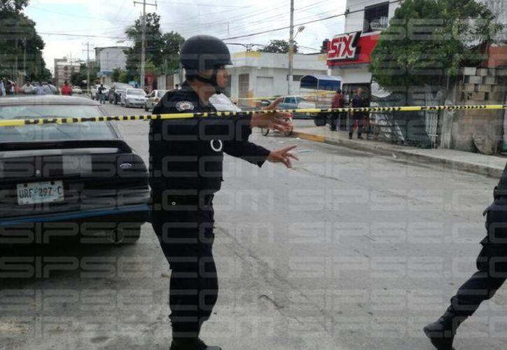 La zona fue acordonada por las Policía Municipal. (Orville Peralta/ SIPSE)