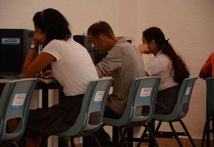 Es deber de los docentes notificar a la dirección de la escuela y canalizar las situaciones con las dependencias correspondientes.  (Victoria González/SIPSE)