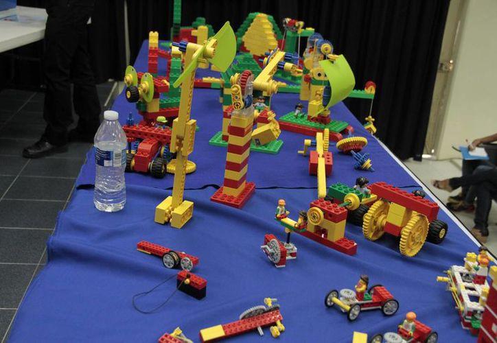 El sistema Lego Education,  va dirigido a pequeños desde los tres años de edad. (Tomás Álvarez/SIPSE)