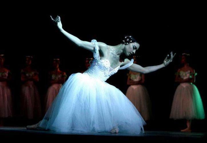 """Una de las bailarinas declaró: """"Es la decisión más díficil que he tomado en la vida, pero no pensamos en el pasado, sino en el futuro"""". (Redacción/SIPSE)"""