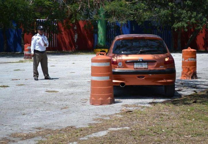 Los interesados deberán aprobar el examen práctico para recibir su licencia o permiso de conducir. (Redacción/SIPSE)