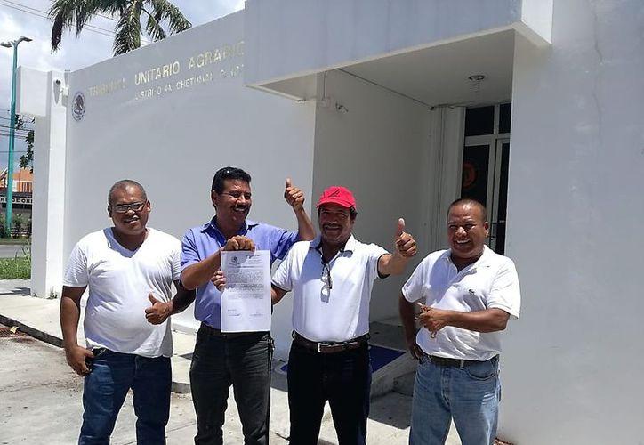 Los afectados recibieron la cantidad de 10 mil 131 pesos cada uno. (Javier Ortiz/SIPSE)