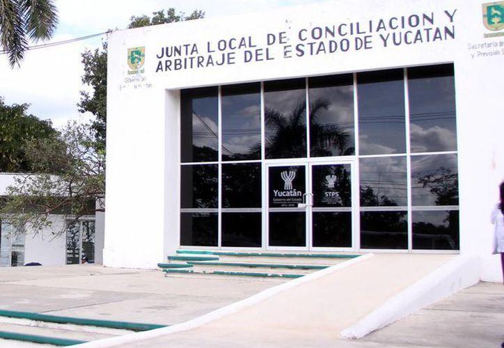 La justicia laboral estará a cargo de los Juzgados de Distrito y Tribunales. Imagen de las oficinas de la Junta Local de Conciliación y Arbitraje. (Milenio Novedades)
