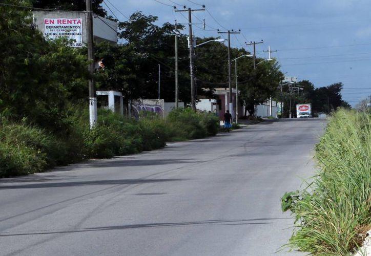 Es necesario recabar firmas para el permiso de cierre de calle para festejos. (Luis Soto/SIPSE)