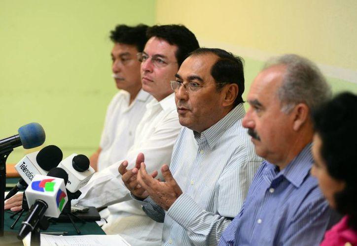 En rueda de prensa, el titular de la dependencia, Raúl Godoy Montañez, presentó un balance sobre el proceso de preinscripciones y la demanda actual en las escuelas. (Luis Pérez/SIPSE)