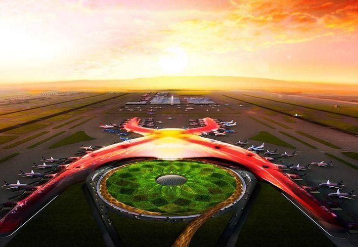 Gerardo Ruiz Esparza, titular de la SCT, aseguró que el nuevo aeropuerto se edificará en terrenos que son propiedad federal, por lo que no existe afectación para propiedades sociales ni privadas. (@SCT_mx)