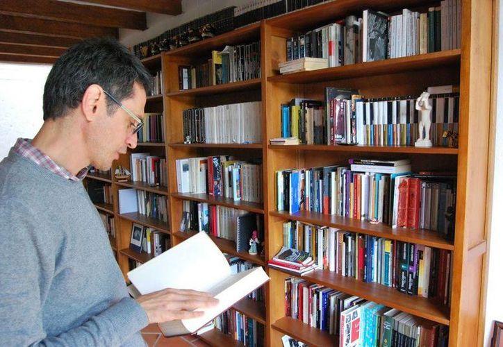 El novelista colombiano ganó este jueves el premio Rómulo Gallegos por su obra 'Tríptico de la Infamia'.(Foto de archivo tomada de elsiglodedurango.com.mx)