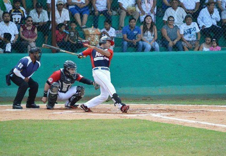 Los Naranjeros de Oxcutzcab y Artesanos de Ticul lideran la Liga, después de dos jornadas beisboleras. (Milenio Novedades)