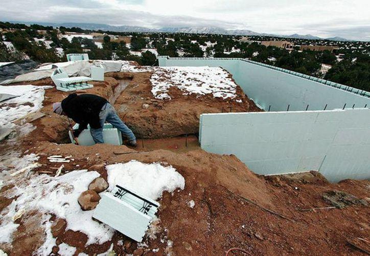 Las empresas constructoras de Nuevo México esperan atentas a forma en que les beneficiarán las nuevas medidas de alivio migratorio. (santafenewmexican.com)