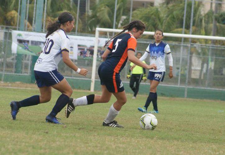 El equipo femenil quedó en la orillita de llegar a las semifinales. (Raúl Caballero/SIPSE)