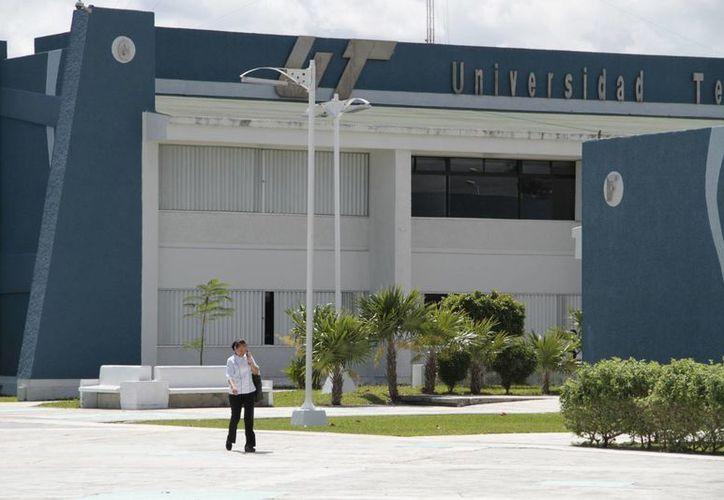 """El centro certificador estará ubicado en el edificio """"D"""". (Tomás Álvarez/SIPSE)"""