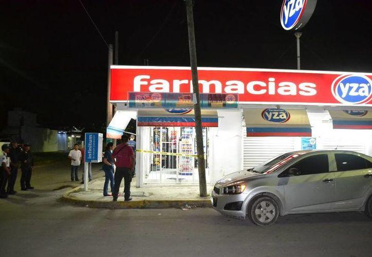 Los hechos se registraron en la farmacia Yza en la colonia Lázaro Cárdenas. (Redacción/SIPSE)