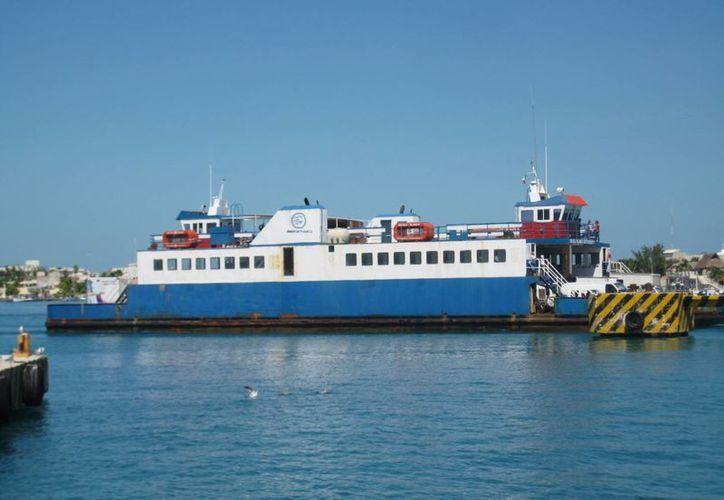 El ferry recibió mantenimiento en Ciudad del Carmen, Campeche. (Lanrry Parra/SIPSE)