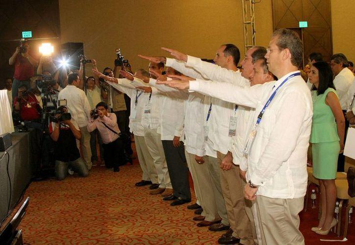 La toma de protesta de la nueva directiva se llevó a cabo en el hotel Grand Velas dela Riviera Maya. (Adrián Monroy/SIPSE)