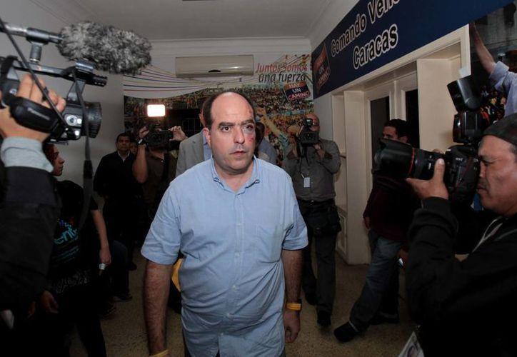 El legislador Julio Borges presentó serias heridas en el rostro. (Agencias)