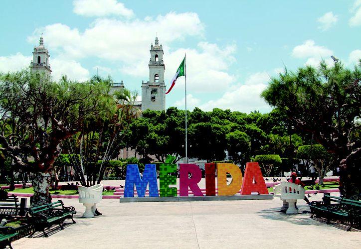 """Advierten probable baja en la calidad de vida """"al ocuparse mucha tierra y poner poca gente"""". (Novedades Yucatán)"""