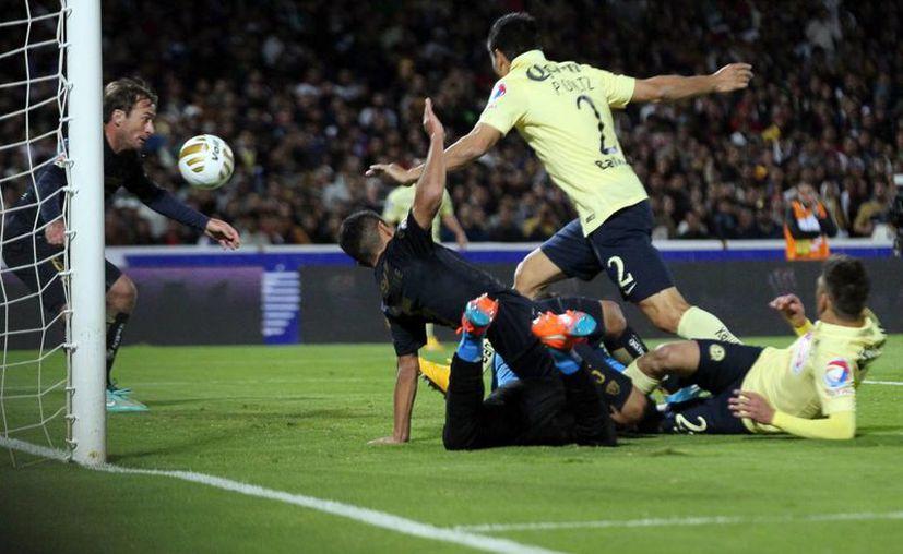 Pumas de la UNAM deberá utilizar a su arquero suplente por el resto de la liguilla debido a la lesión de Alejandro Palacios en el Pumas 1-0 América. (Notimex)