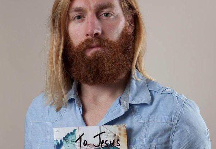 A Nathan Grindal lo echaron de un estadio por parecerse a Jesucristo. (Internet)