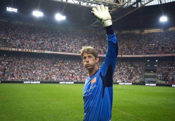 Edwin van der Sar actualmente se desempeña como director de mercadotecnia del Ajax. (EFE)