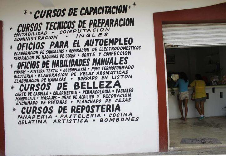 Las instalaciones de Suciqroo están ubicadas en la Región 102, manzana 112. (Yajahira Valtierra/SIPSE)