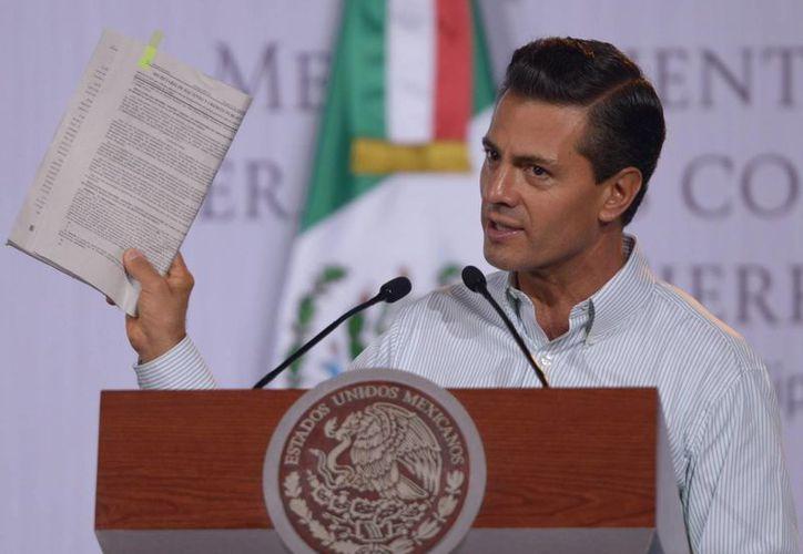 La SIP asegura que hay 'buenas intenciones' en la Ley de Protección a Niños que propone Peña Nieto, pero afirma que el documento contiene muchas ambigüedades. (Notimex)