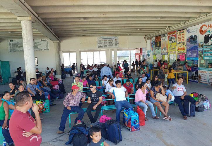 Trabajadores que visitaron sus lugares de origen, regresarán a partir de enero a Playa del Carmen. (Octavio Martínez/SIPSE)