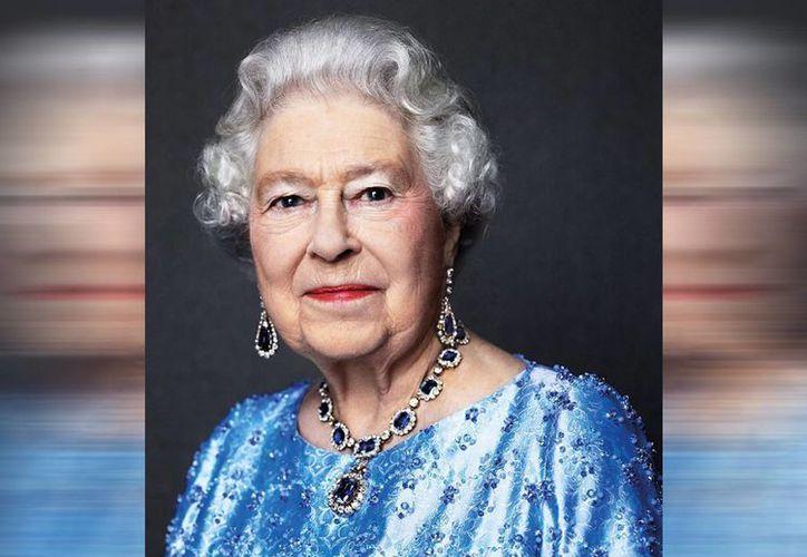 No se han preparado grandes festejos por el 65 aniversario del ascenso de Isabel II al trono británico. (The British Monarchy)