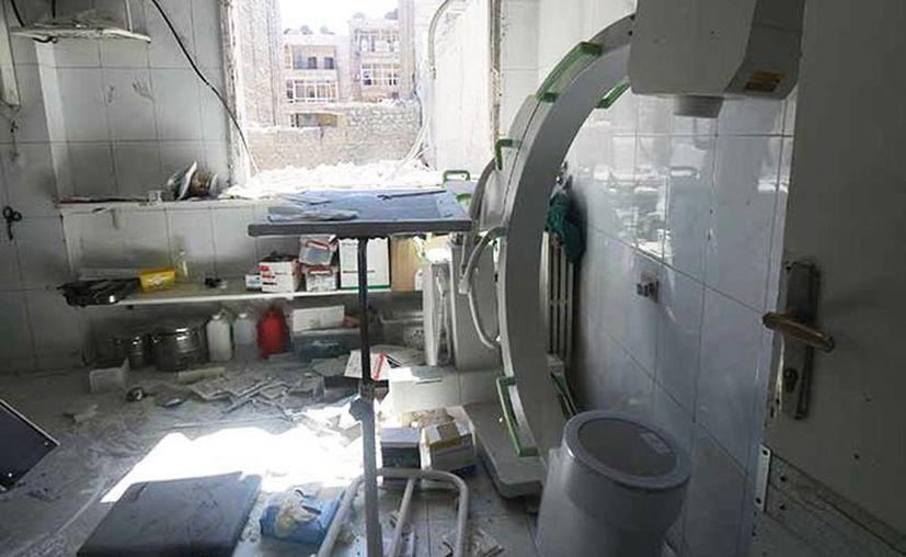 Un bebé de dos días murió en uno de los hospitales alcanzados por los bomberos a causa del corte del aprovisionamiento de oxígeno. (Imagen tomada de Excelsior.com)