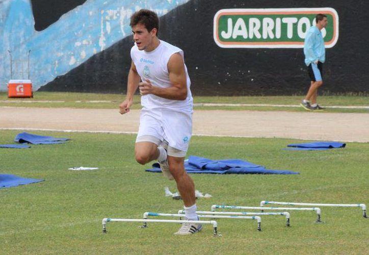 Roberto Ruiz Esparza, en los entrenamientos del CF Mérida. (Milenio Novedades)