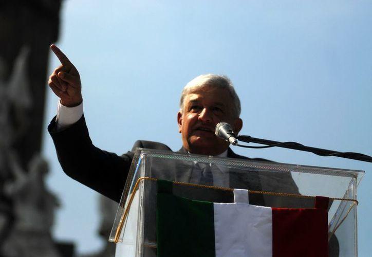 López Obrador: 'Morena' es un espacio abierto para quienes buscan ser felices. (Notimex/Archivo)