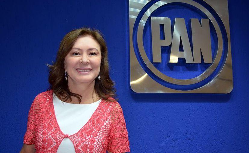 La diputada Beatriz Zavala aseguró que el PAN impulsará la reforma educativa para que sea dictaminada en este período de sesiones. (SIPSE)