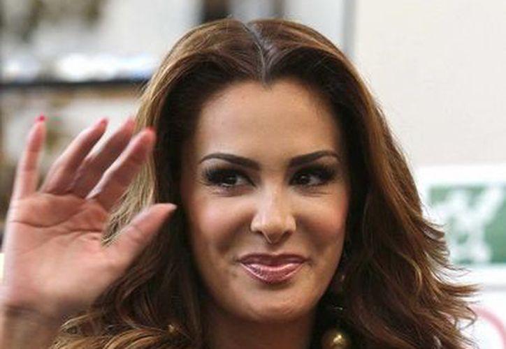 """La actriz aseguró tener varios ofrecimientos de programas de televisión, pero no adelantó nada, """"porque apenas me informaron sobre el asunto con Televisa"""". (Archivo Notimex)"""