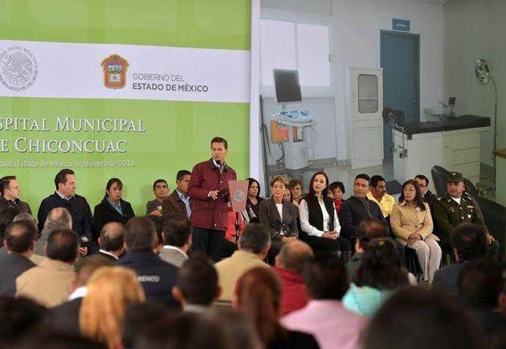 El Presidente de la República inauguró este lunes el Hospital Municipal de Chinconcuac, en el Estado de México. (Presidencia)