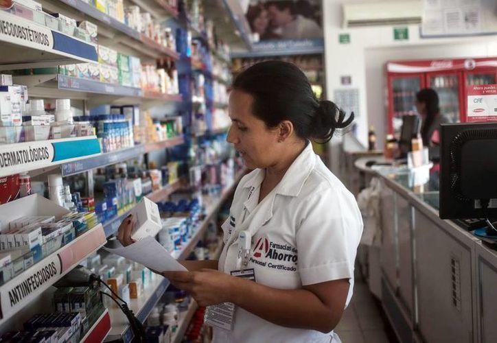 Cada vez surgen más comercios que expenden medicamentos genéricos intercambiables. (Milenio Novedades)