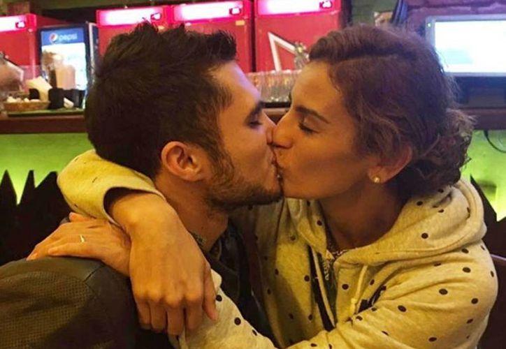 Esta imagen despejó todas las dudas sobre la relación entre Ivan García y Paola Espinosa. (Instagram/@ivangarciapollo)