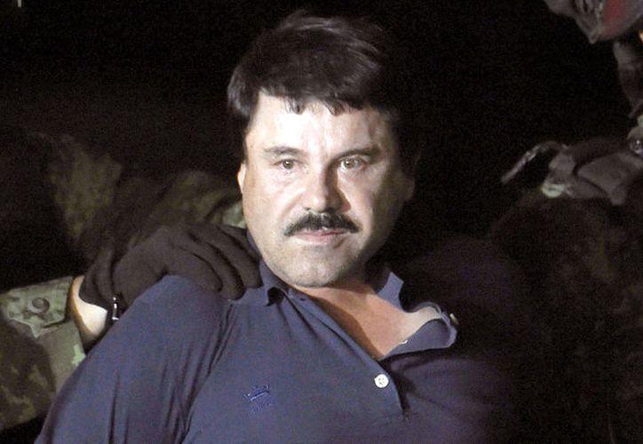 Entre los 11 cargos que afronta Joaquín Guzmán Loera se encuentran tráfico y distribución de droga, posesión de armas y lavado de dinero. (Vanguardia MX)