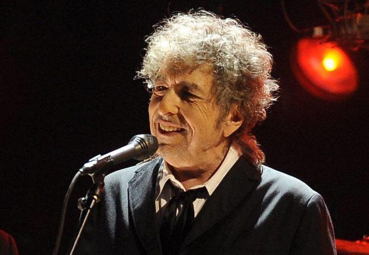 Bob Dylan tenía 24 años cuando grabó la canción en 1965 sobre una debutante que se queda sola cuando es expulsada de los círculos de la clase alta. (AP)