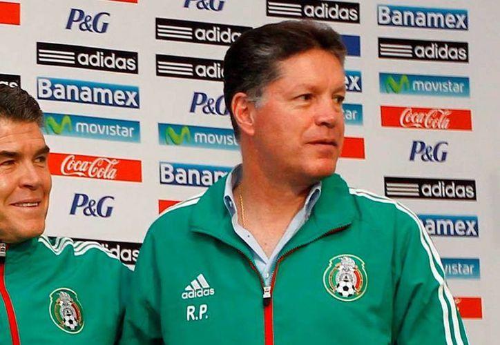Peláez destacó el puente de comunicación que tiene con el DT Miguel Herrera, lo cual ha sido fundamental para el éxito conseguido en América. (Notimex)