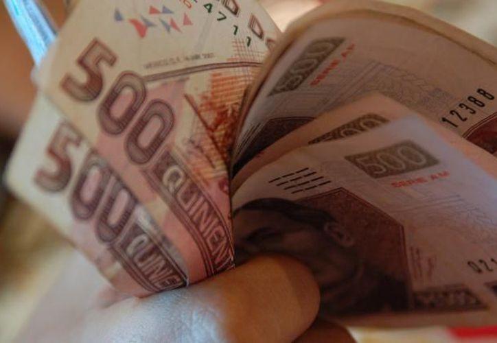 La mayoría de la gente acude a las sociedades de ahorro por recursos para producir. (Archivo/SIPSE)