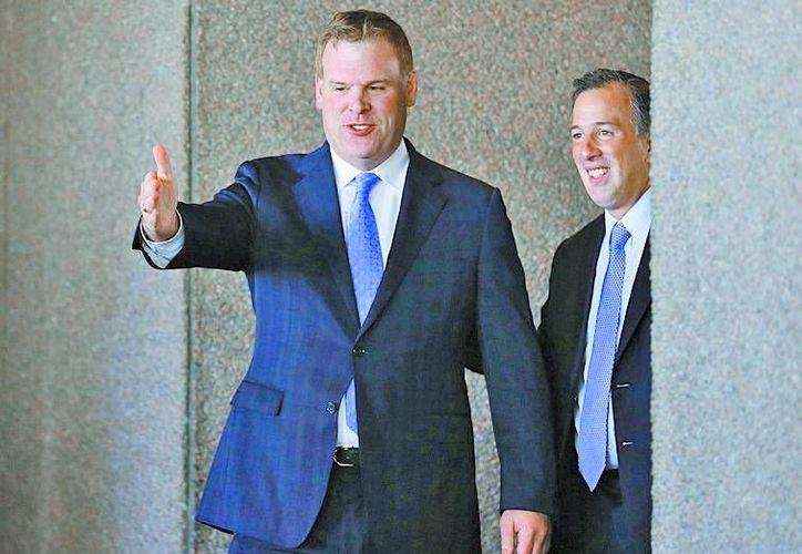 El ministro de Relaciones Exteriores, John Baird, y el secretario mexicano. (Milenio)
