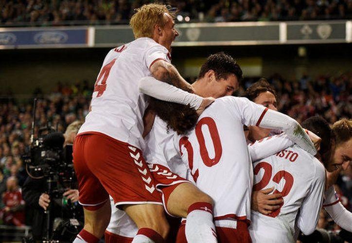 Dinamarca venció en calidad de visitante a Irlanda y se metió en la Copa del Mundo de Rusia 2018. (Foto: Reuters)