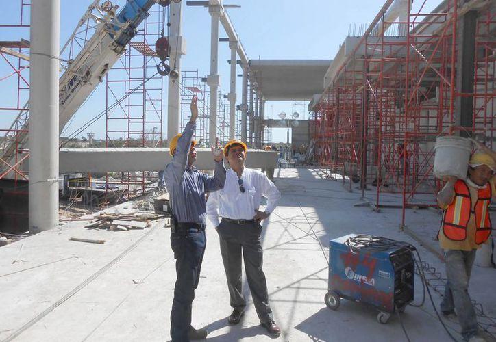 La Codhey visitó el viernes la construcción de las Salas de Oralidad en Yucatán. (Cortesía)