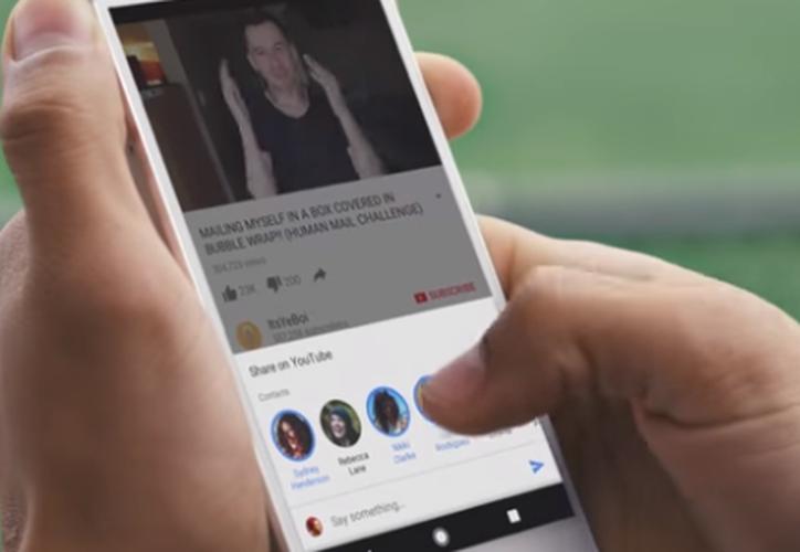 La nueva actualización de YouTube integra un nuevo servicio de mensajería instantánea. (Captura YouTube).