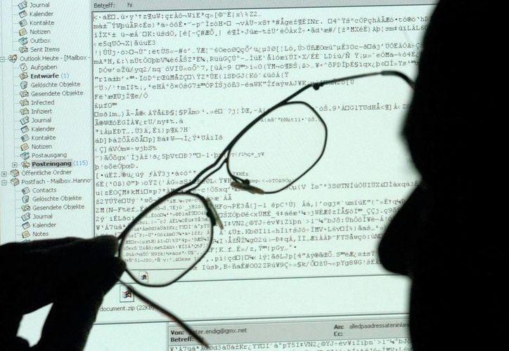 De acuerdo al Instituto para el Futuro de la Humanidad de la Universidad de Oxford (Gran Bretaña), las computadoras y la inteligencia artificial reemplazarán el 45 por ciento de los trabajos que existen en EU. (EFE)