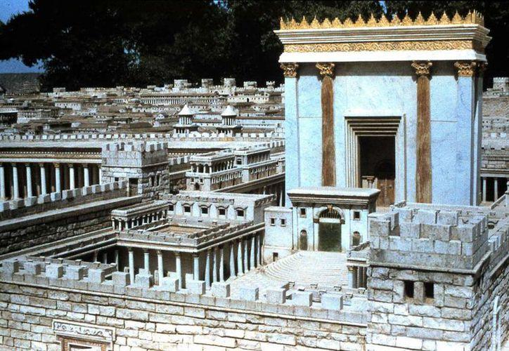 Según la tradición judía, el Tercer Templo de Jerusalén, cuya maqueta aparece en la imagen, sería levantado con el advenimiento del Mesías. (agapebiblestudy.com)