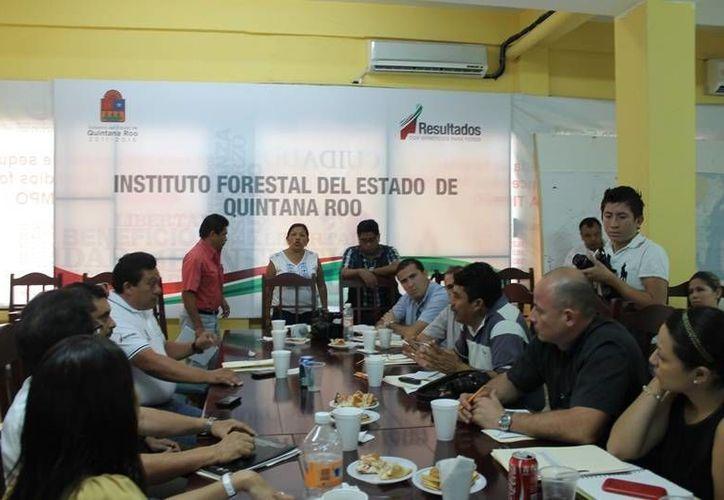 A la cita acudieron diversos comunicadores de la entidad. (Edgardo Rodríguez/SIPSE)