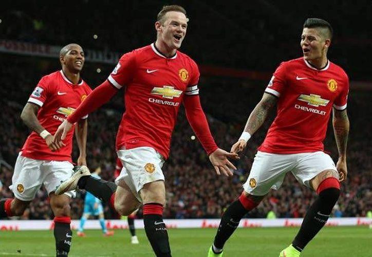 Manchester United iniciará su camino por un trofeo europeo ante el campeón danés Midtjylland, mientras que el Valencia, otro equipo relegado de la Liga de Campeones, se medirá con el Rapid de Viena. (Archivo AP)
